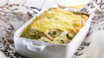 Sei og spinat i form med potetlokk